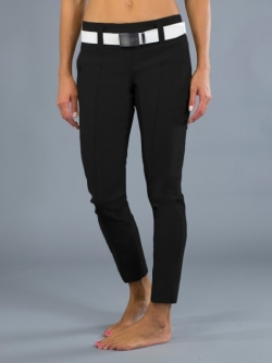 "JoFit Ladies & Plus Size 29"" Inseam Slimmer Golf Cropped Pants - Barossa (Black)"
